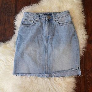 H&M Denim Skirt size 2/XS